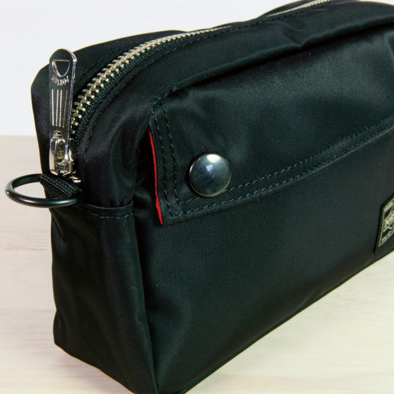 pouch8